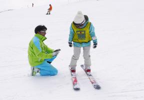 はじめてのスキーは楽しく、安全に!